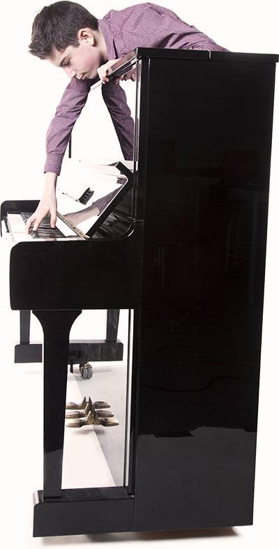 piano-boy